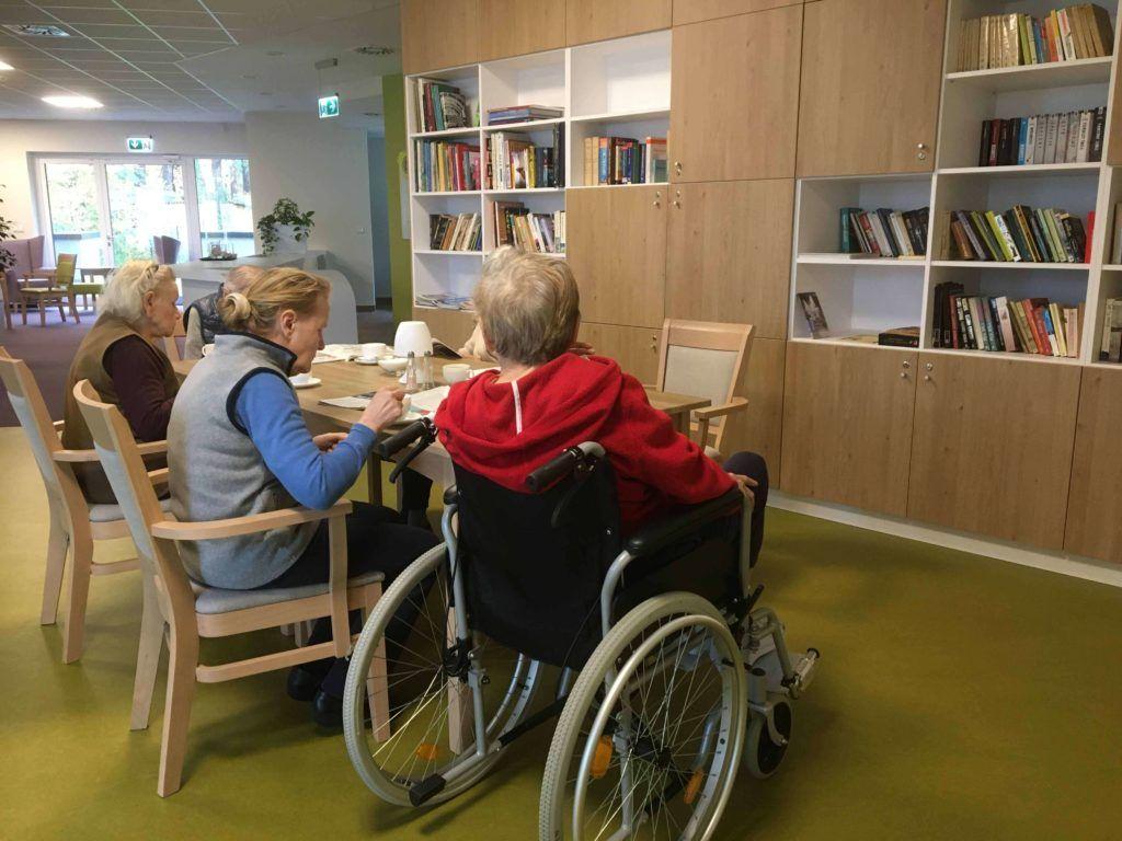 Innowacyjna rehabilitacja i opieka senioralna Origin