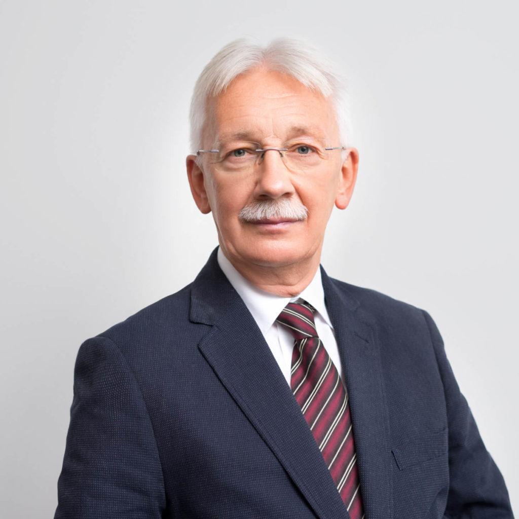 dr Ryszard Kierasiński