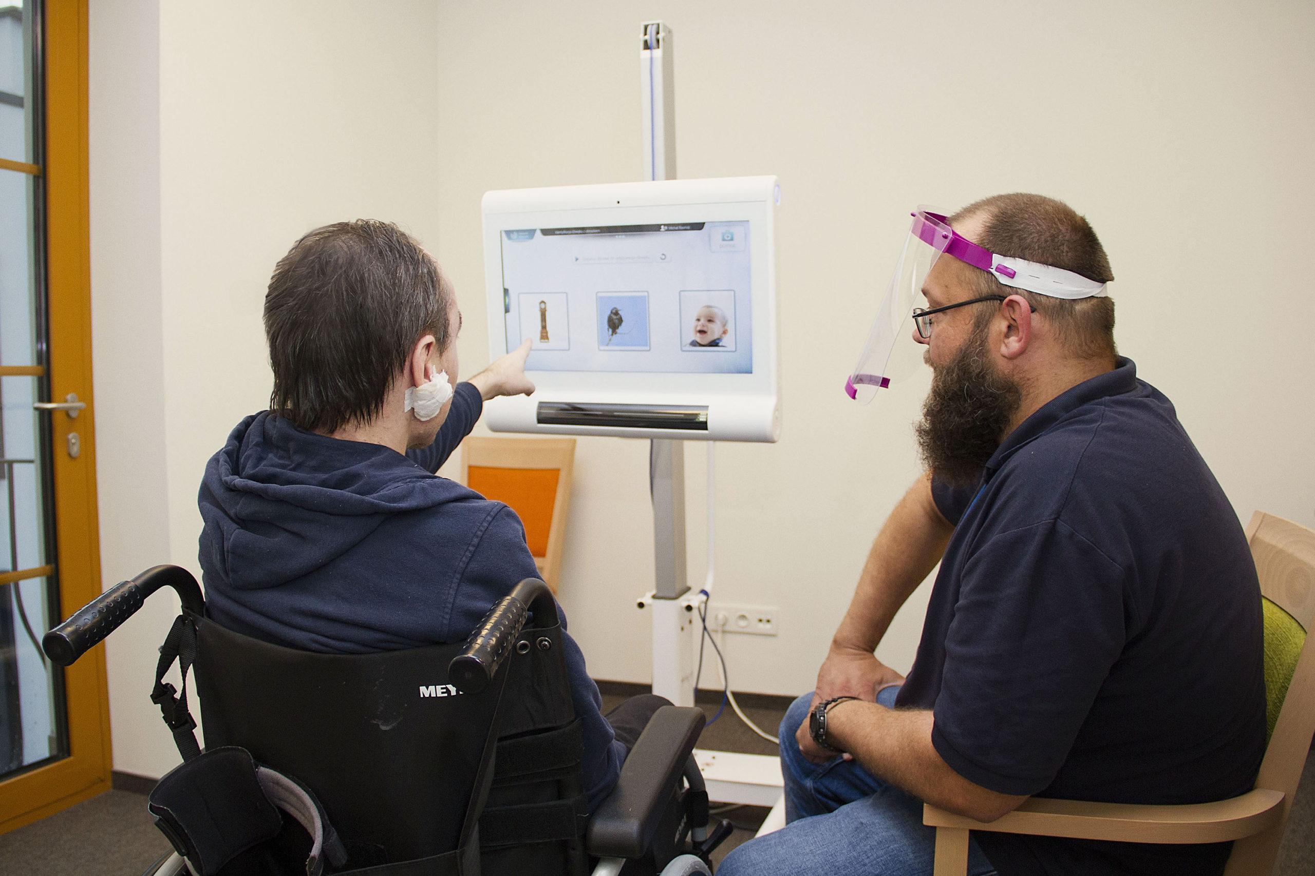 Nowoczesna rehabilitacja neuropsychologiczna - C-EYE