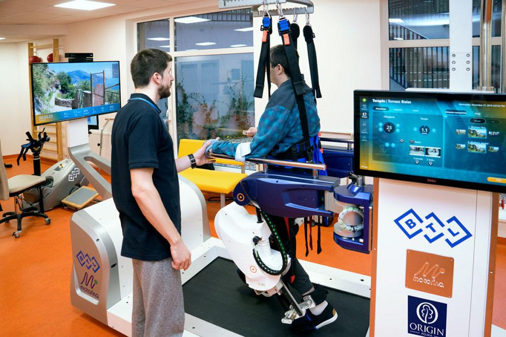 zaawansowane techniki rehabilitacji - robot ReoAmbulator